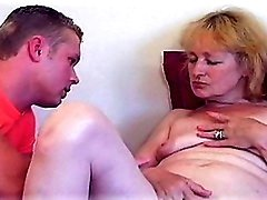 Fairy MILF's Hawt Pussy Licked To Climax