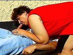 Curvaceous BBW Eva Seduces Her Gardener