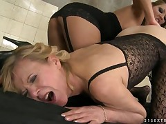 Old smokin' granny Cindy Wish with young Lili in the obsession scene