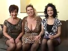 3 old ladies and a weenie